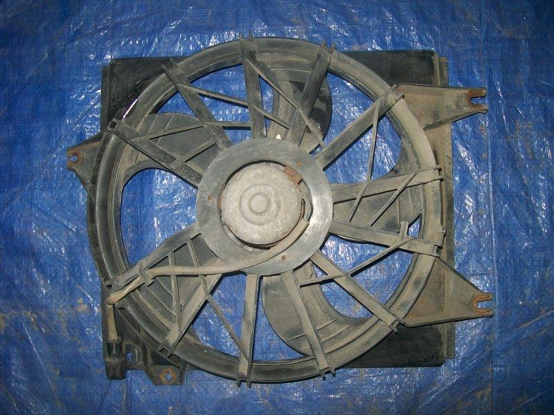 Диффузор радиатора Hyundai Coupe RD2 G4GR 1999