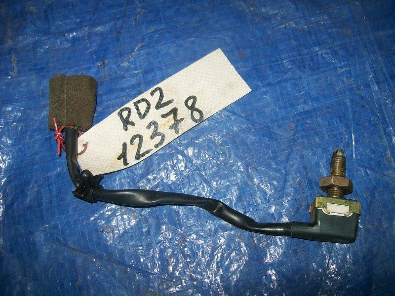 Датчик включения стоп-сигнала Hyundai Coupe RD2 G4GR 1999