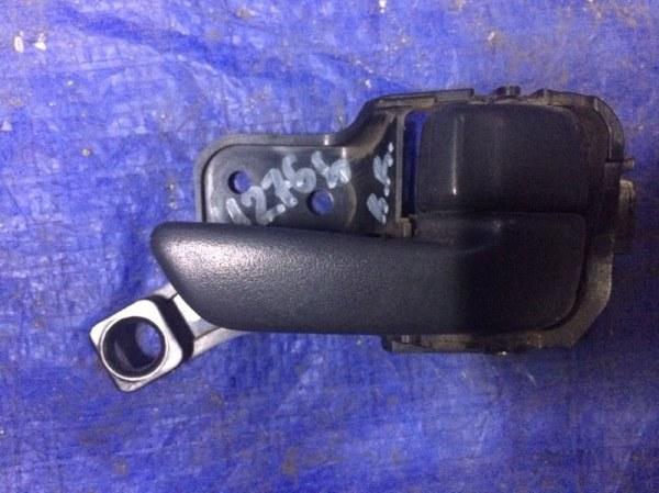 Ручка двери внутренняя Toyota Camry SV41 3S-FE 1996 правая