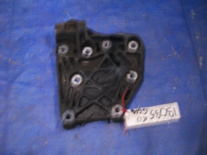 Кронштейн компрессора кондиционера Nissan March K11 CG10 2001