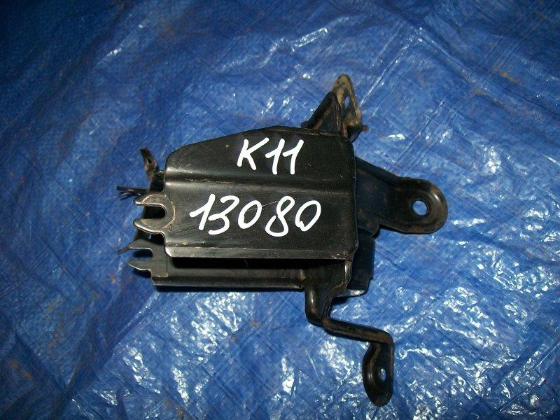 Кронштейн блока абс Nissan March K11 CG10 2001