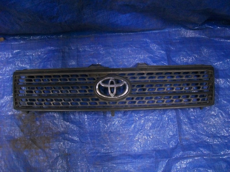 Решетка радиатора Toyota Probox NCP58 1NZ-FE 2003