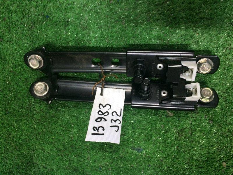 Крепление ремня безопасности Nissan Teana J32 VQ25 2008 переднее