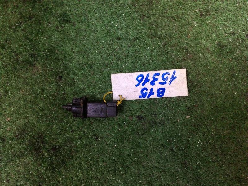 Датчик включения стоп-сигнала Nissan Sunny FB15 QG15 1999