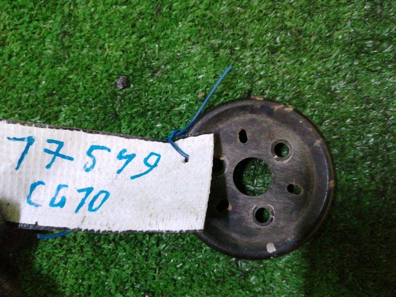 Шкив помпы Nissan March K11 CG10 1999
