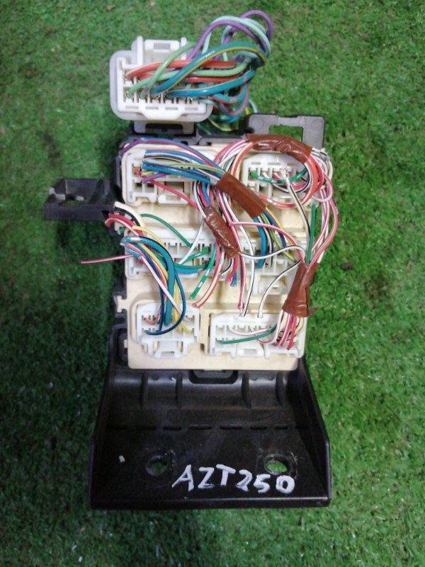 Коннектор разъемов Toyota Avensis AZT250 1AZ-FSE 2003