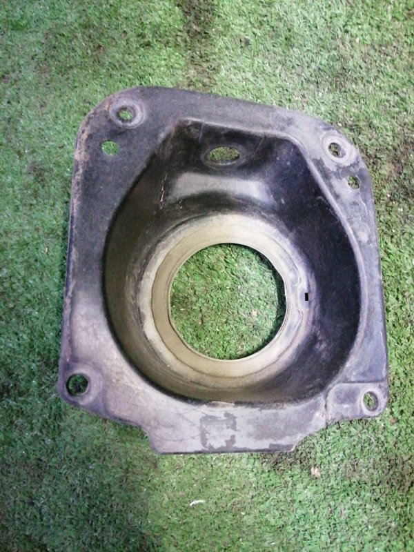Защита горловины топливного бака Toyota Camry SV35 3S-FE 1993