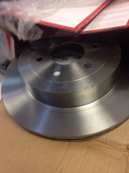 Тормозной диск Nissan Navara D40M задний