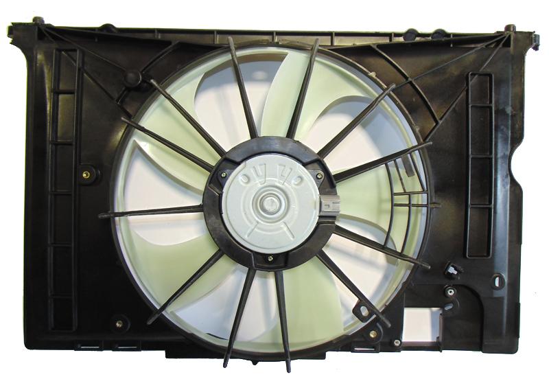 Диффузор радиатора Toyota Corolla Axio NZE141 06