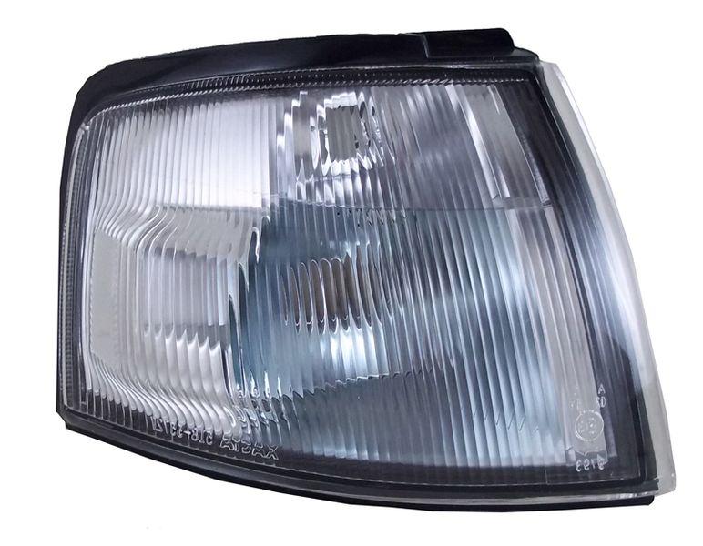 Габарит Mazda Demio DW3W 97 передний правый