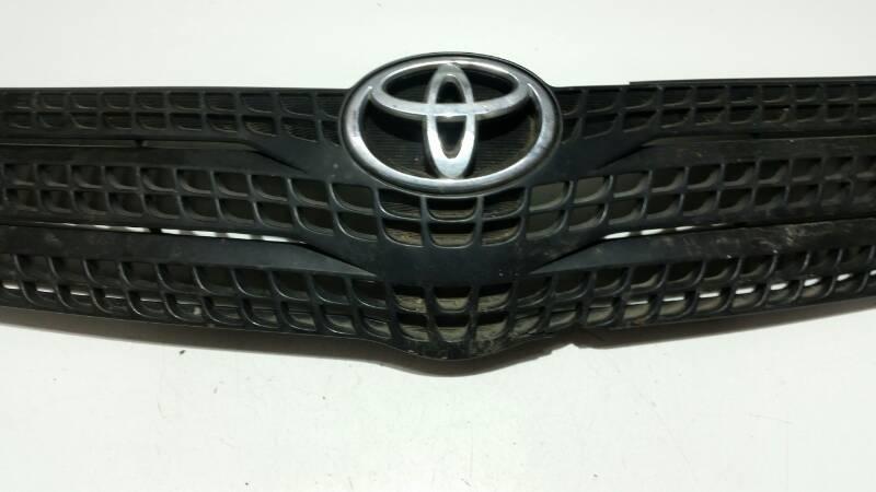 Решетка радиатора Toyota Corolla Spacio NZE121 00