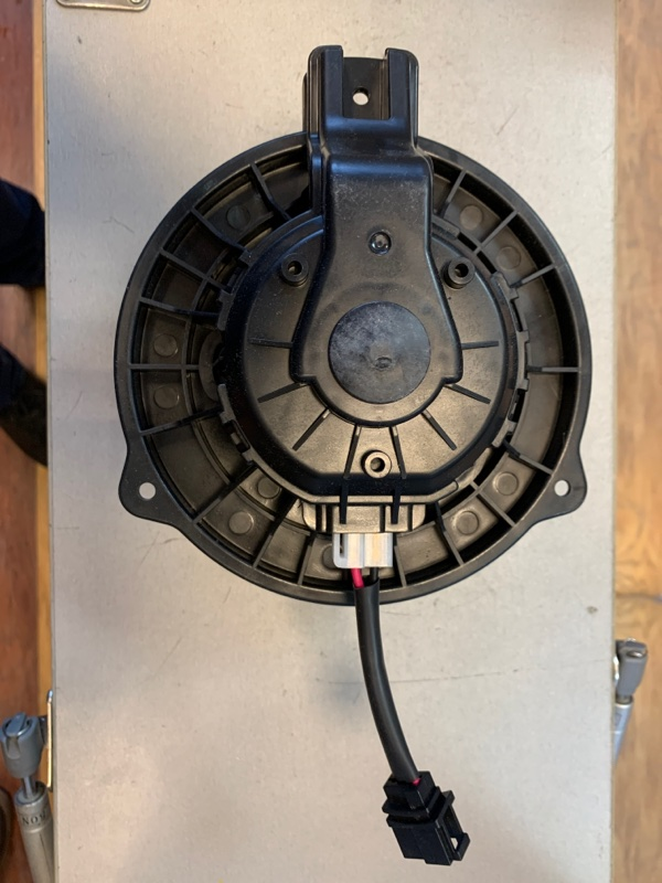 Мотор печки Hyundai Solaris 10