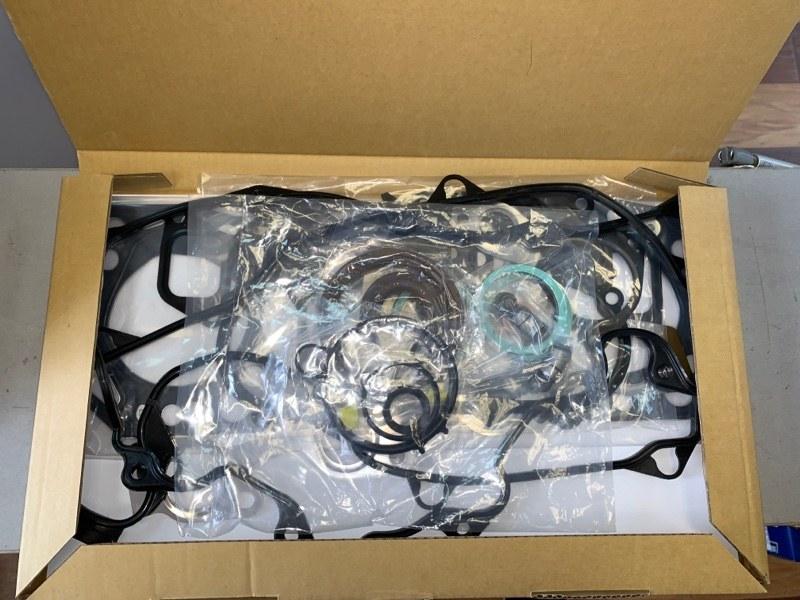 Ремкомплект двигателя Toyota Chaser LX100 2LTE