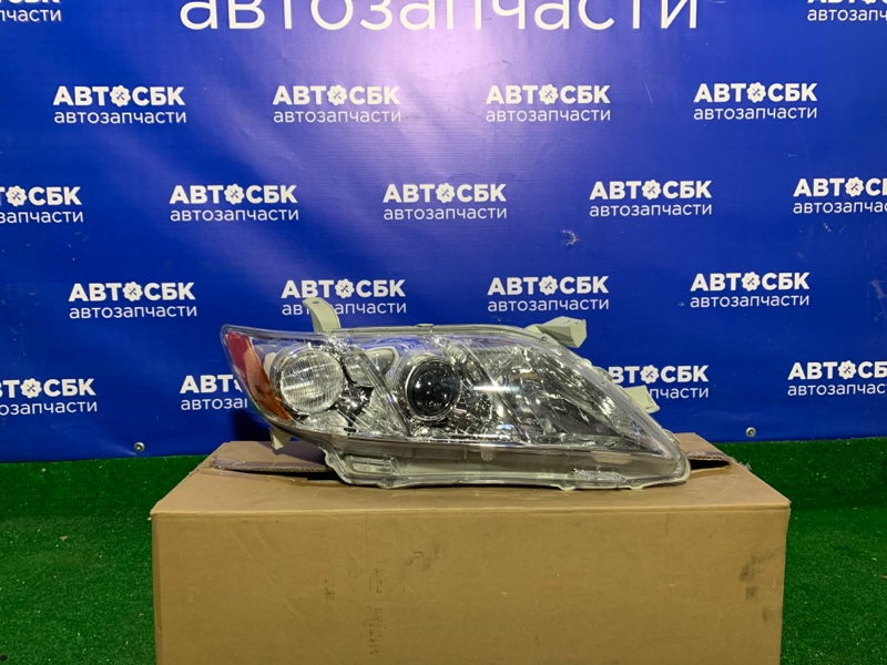 Фара Toyota Camry ACV40 06 правая