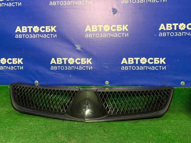Решетка радиатора Mitsubishi Lancer 05