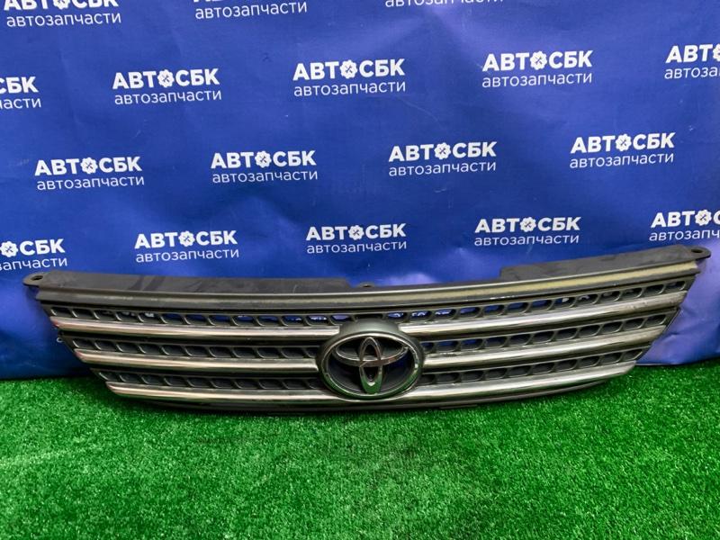 Решетка радиатора Toyota Corolla Spacio AE111