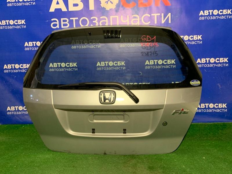 Дверь багажника Honda Fit GD L12A3 2001 задняя