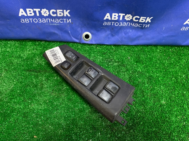 Блок управления стеклоподъемниками Toyota Toyota Allex TOYOTA ALLEX 1NZFE передний правый