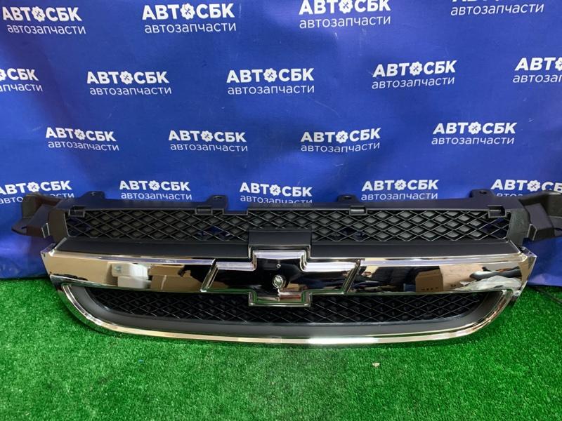 Решетка радиатора Chevrolet Aveo T250 B12D1