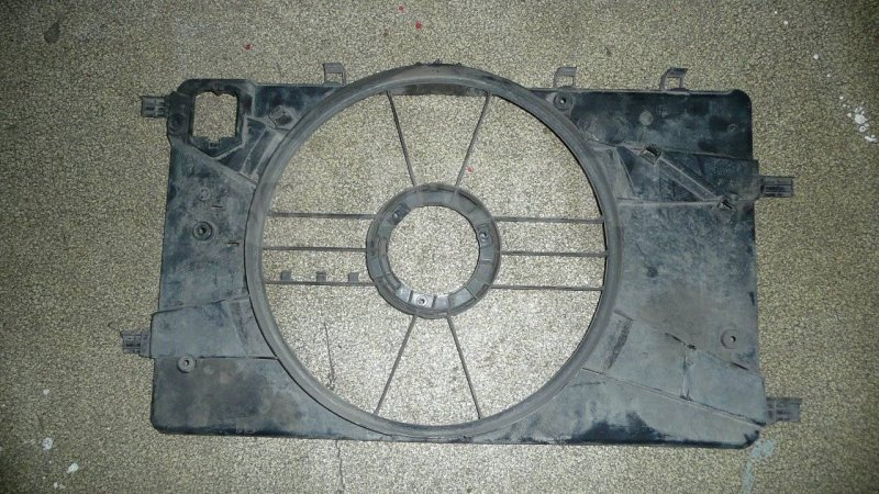 Диффузор радиатора Chevrolet Cruze