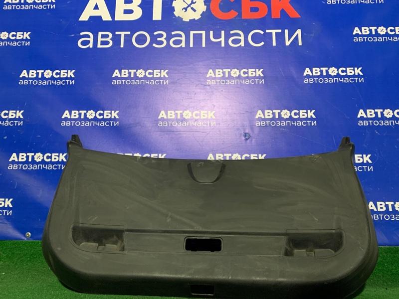 Обшивка двери багажника Brilliance V5 4A92S 2014
