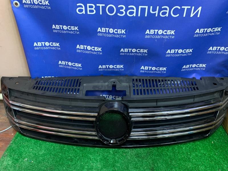 Решетка радиатора Volkswagen Tiguan 5N1 BWK 2011