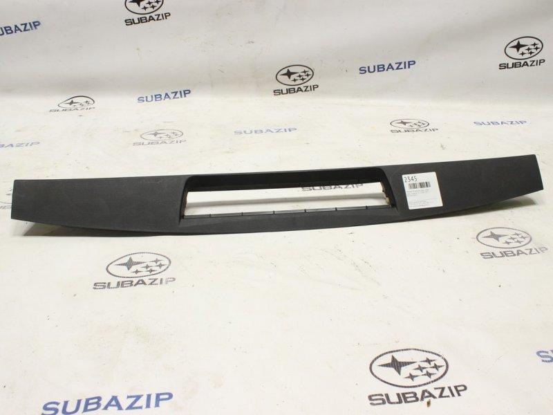 Обшивка двери багажника Subaru Forester S12 2007 задняя верхняя