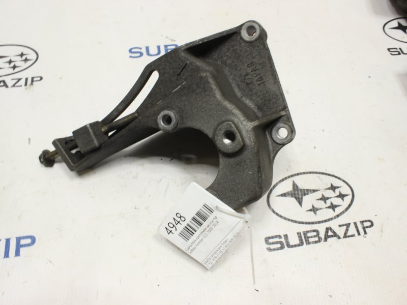 Кронштейн крепления насоса гур Subaru Forester S11 2000