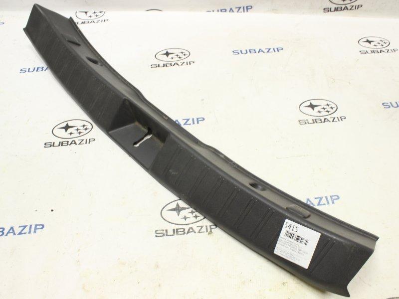 Накладка замка багажника Subaru Impreza G12 2008