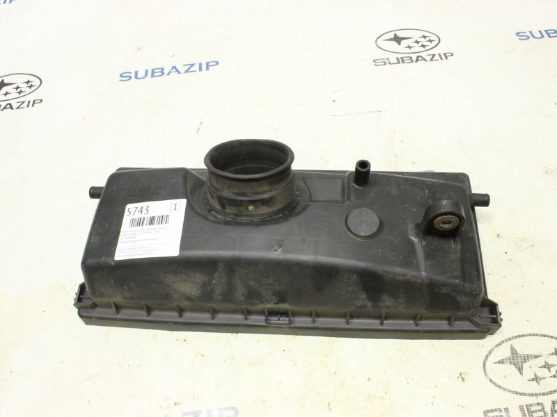 Корпус воздушного фильтра Subaru Outback BE EJ251 1999 передний
