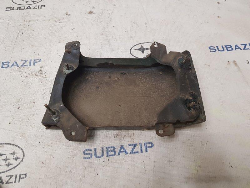 Планка под фонарь Subaru Legacy B11 EJ22E 1996 задняя левая