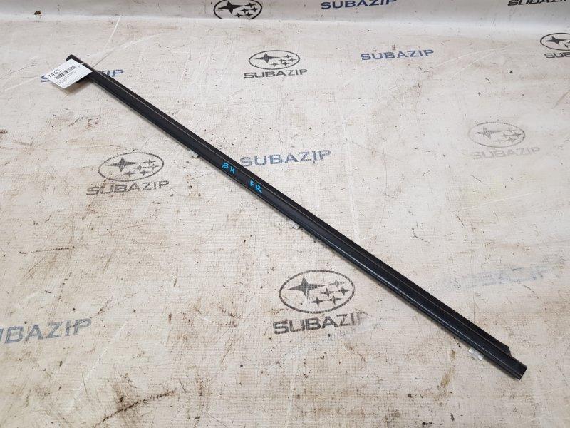 Молдинг стекла Subaru Legacy B12 1997 передний правый