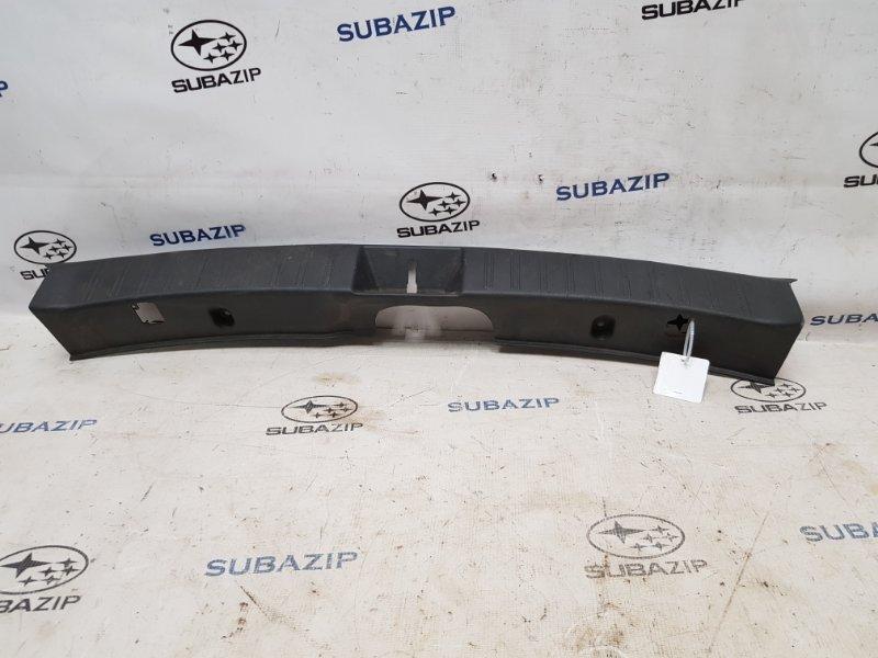 Накладка замка багажника Subaru Impreza Sti G22 EJ257 2007