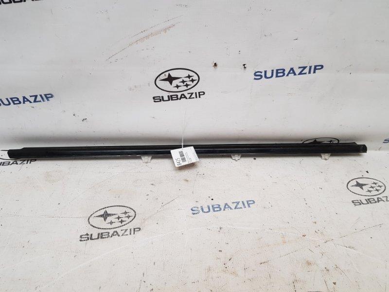 Молдинг стекла Subaru Legacy B13 2003 передний правый