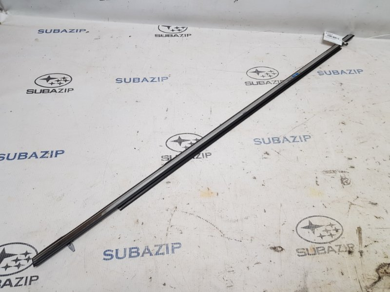 Молдинг стекла Subaru Legacy B14 2009 задний правый