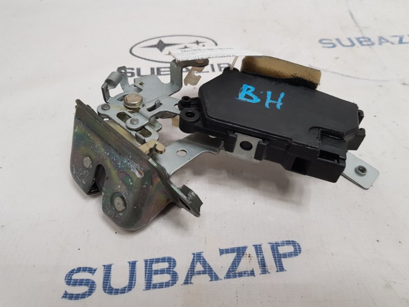 Замок багажника Subaru Legacy B12 1998
