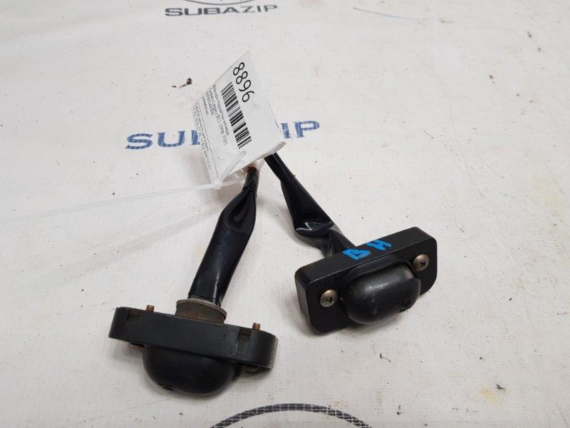 Фонарь подсветки номера Subaru Legacy B12 1998
