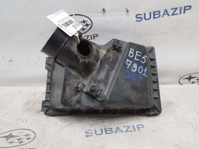 Корпус воздушного фильтра Subaru Forester S10 EJ205 1997 верхний