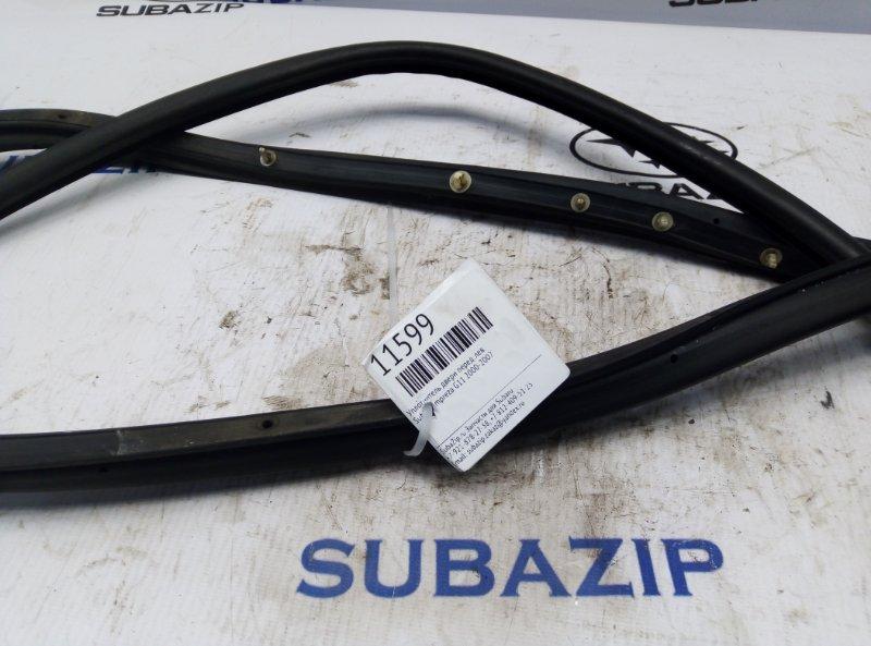 Уплотнитель двери Subaru Impreza G11 2000 передний левый