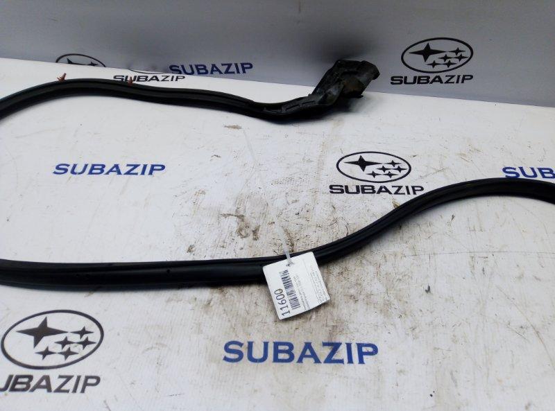 Уплотнитель двери Subaru Impreza G11 2000 задний правый