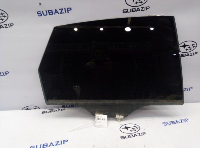 Стекло двери Subaru Impreza G12 заднее левое