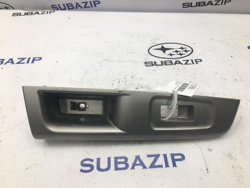 Накладка кнопки стеклоподъемника Subaru Impreza G12 задняя левая