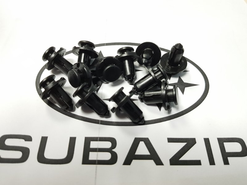 Клипса Subaru