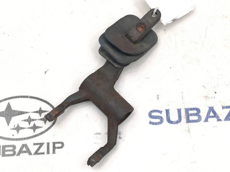 Вилка сцепления Subaru Forester S10