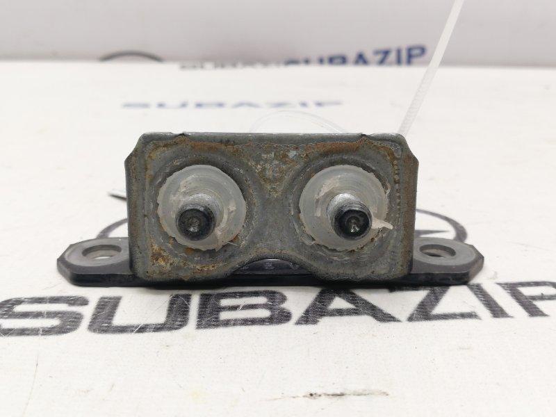 Петля двери багажника Subaru Impreza G23 задняя