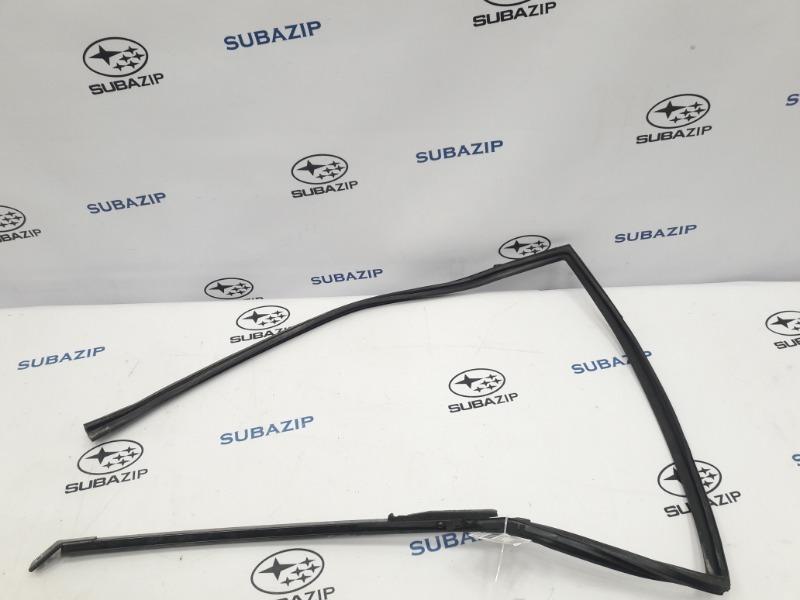 Уплотнитель стекла Subaru Forester S12 EJ204 2009 задний левый