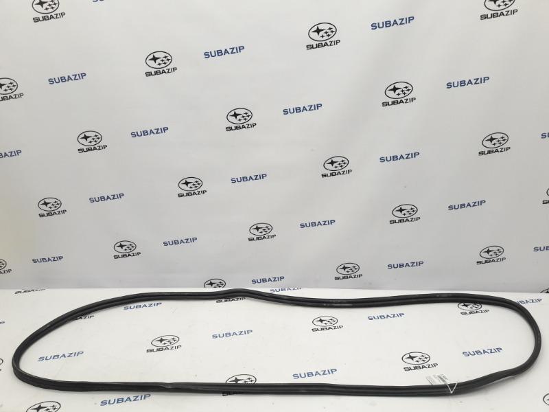 Уплотнитель багажника Subaru Forester S12 EJ204 2009