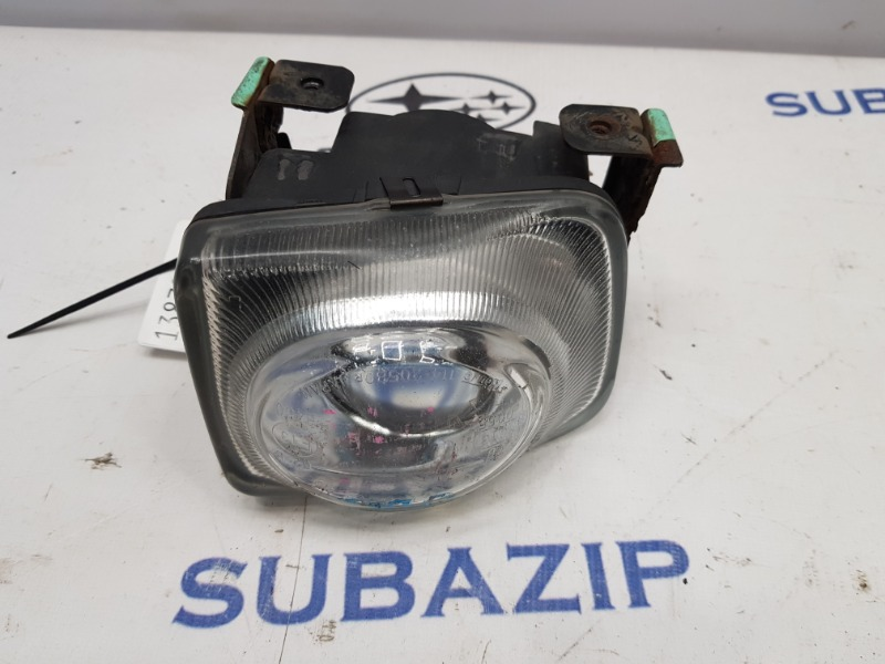 Фара противотуманная Subaru Legacy B12 1997 передняя правая