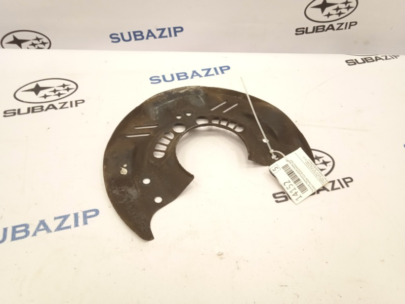 Пыльник тормозного диска Subaru Forester S11 EJ203HPRHE 2007 передний правый