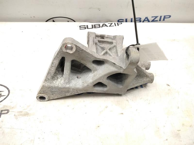 Кронштейн крепления компрессора кондиционера Subaru Forester S11